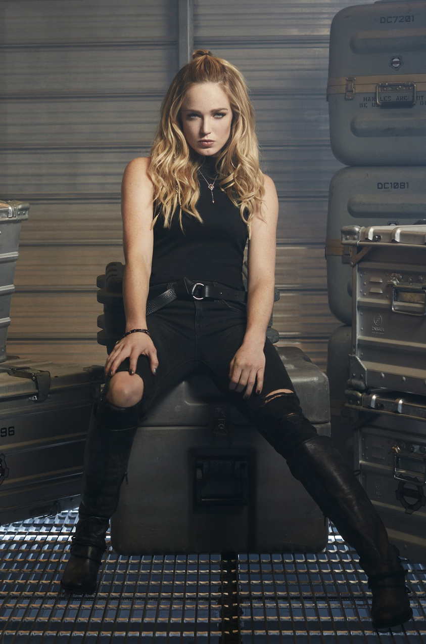DC's_Legends_of_Tomorrow_-_Sara_Lance_character_portrait